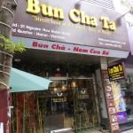 旧市街にあるブンチャー専門店 / Bun Cha Ta